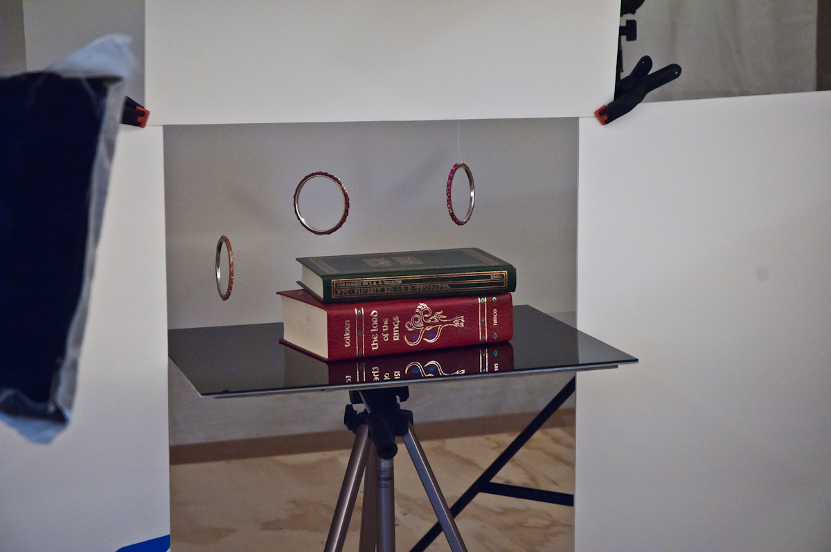 Book Shot BTS-3